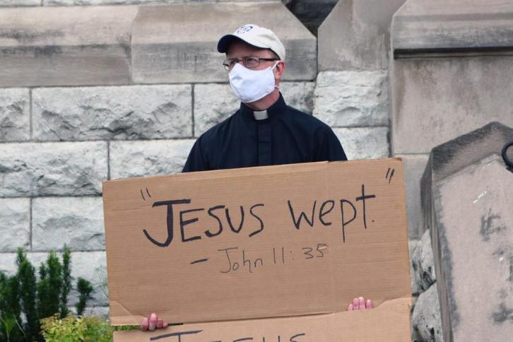 UCS/Jesuits-St Louis